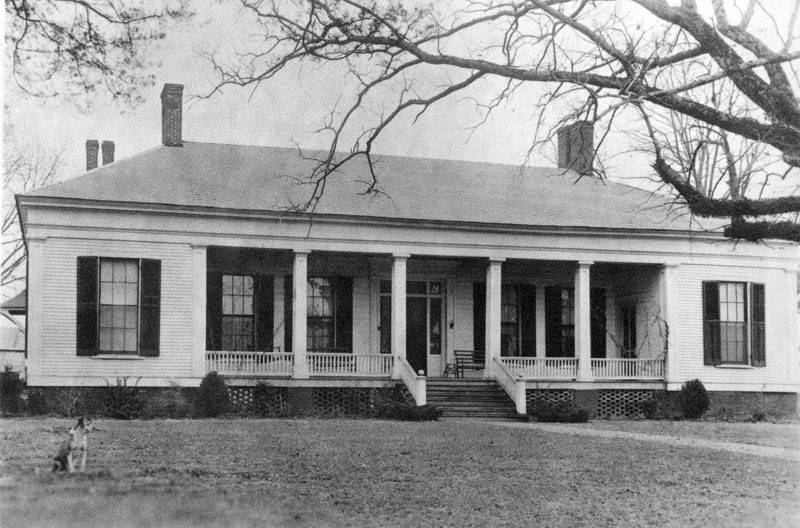 Lucien B. Moore House, John. E. Rodabough Papers, Manuscripts Division, Special Collections Department, Mississippi State University Libraries.